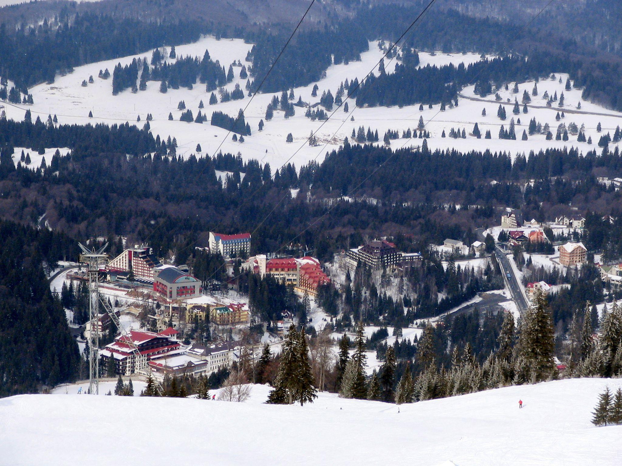 skiing in Poiana_Brasov