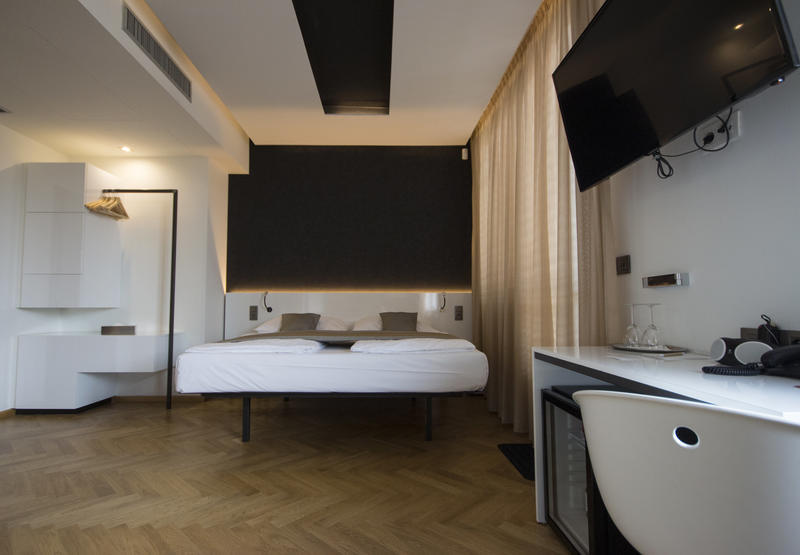 Best Hostels in Prague - mosaic house
