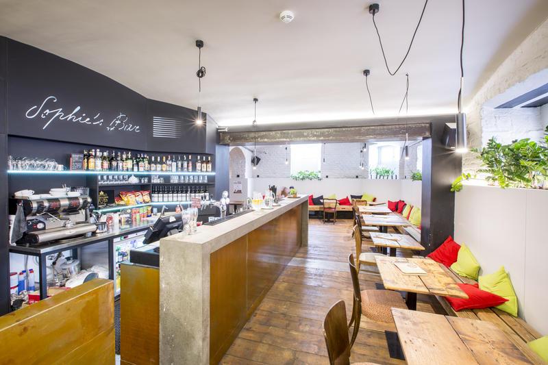 Best Hostel in Prague - sophie's hostel - bar