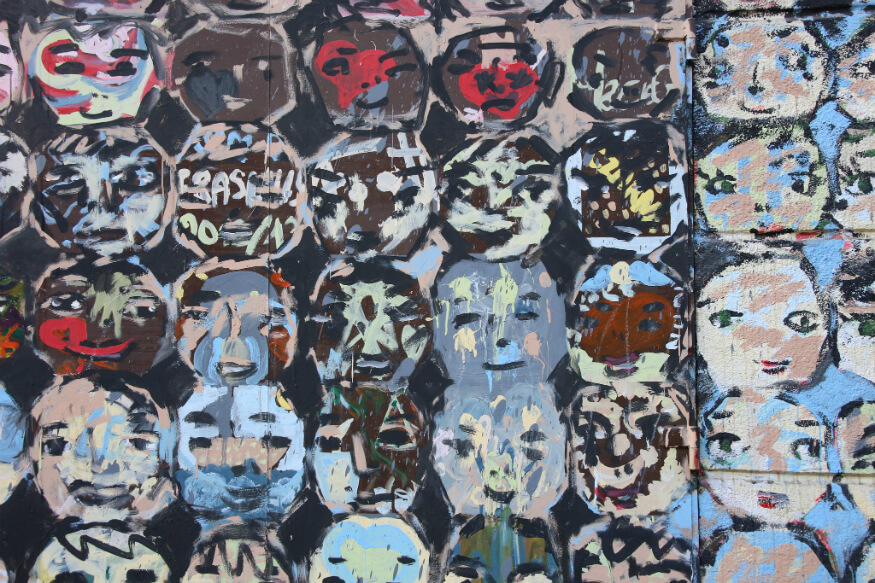 bucket list ideas - warsaw street art