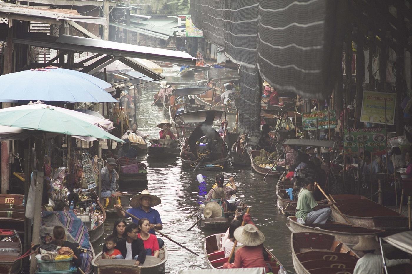 bangkok markets Damnoen Saduak Main Canal