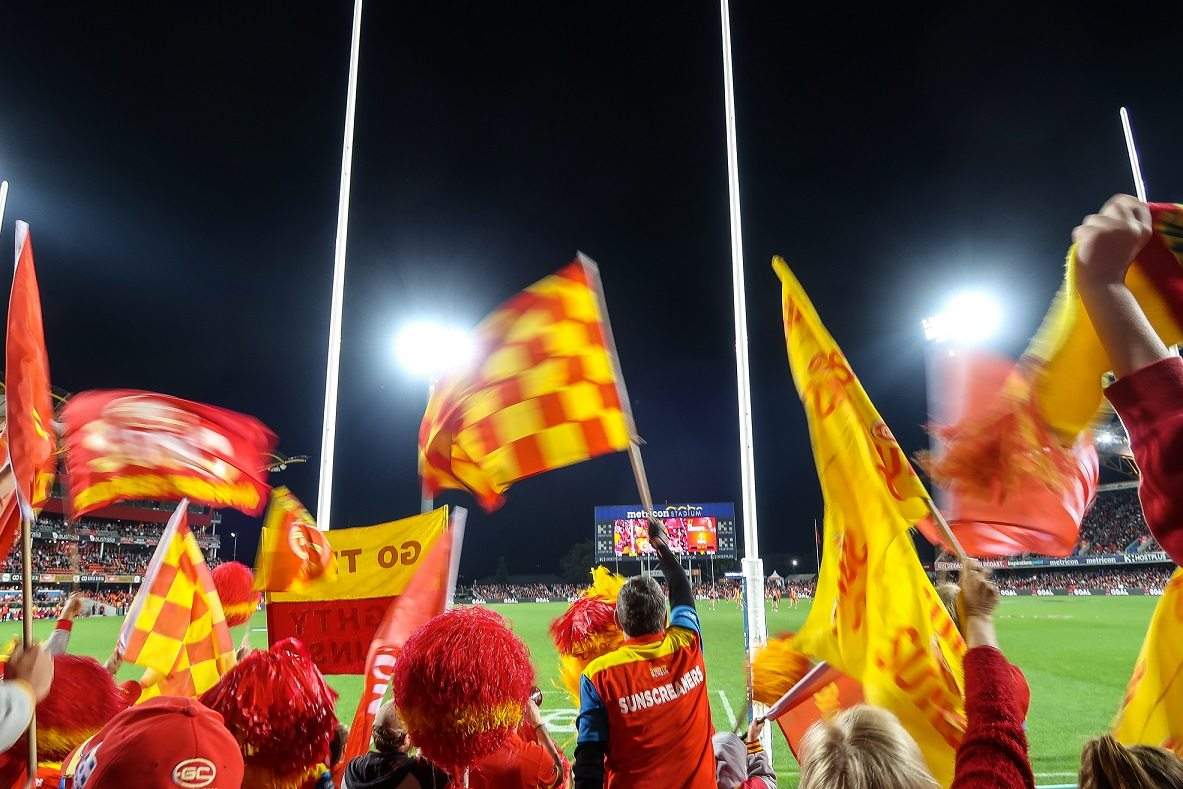 Things to Do on The Gold Coast - AFL game in Metricon Stadium