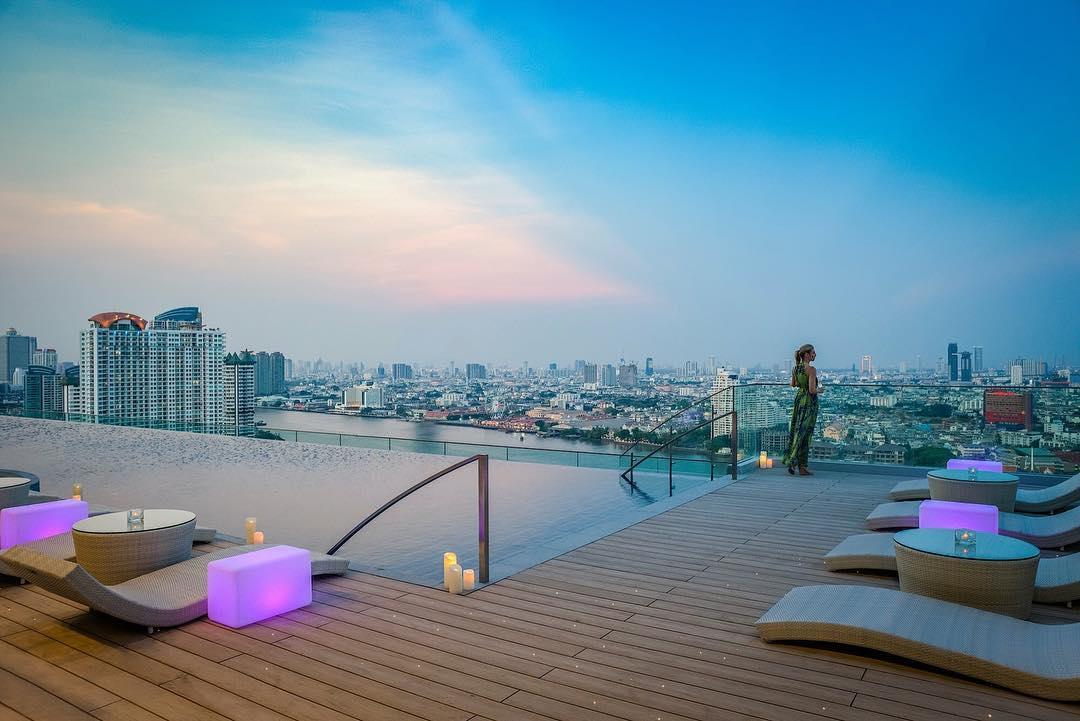 Best Riverside Rooftop Bars in Bangkok - Attitude Rooftop at Avani