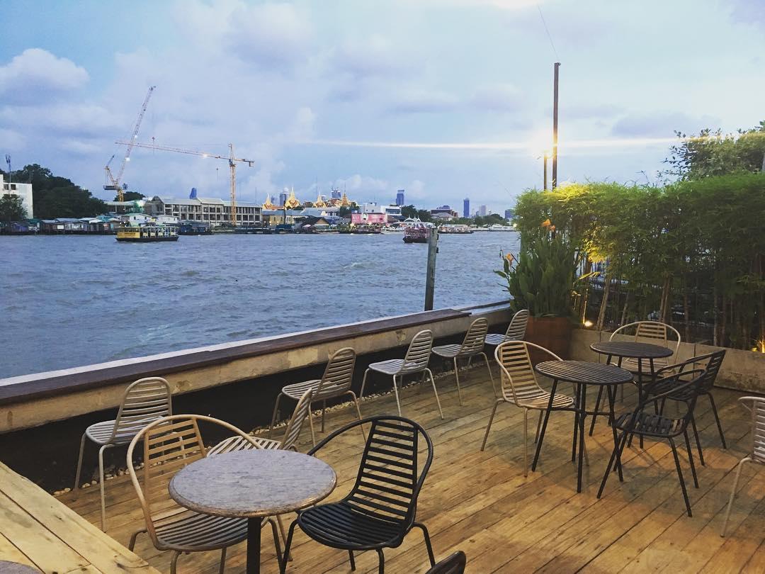 Best Riverside Rooftop Bars in Bangkok - 342 Bar - Baan Wanglang