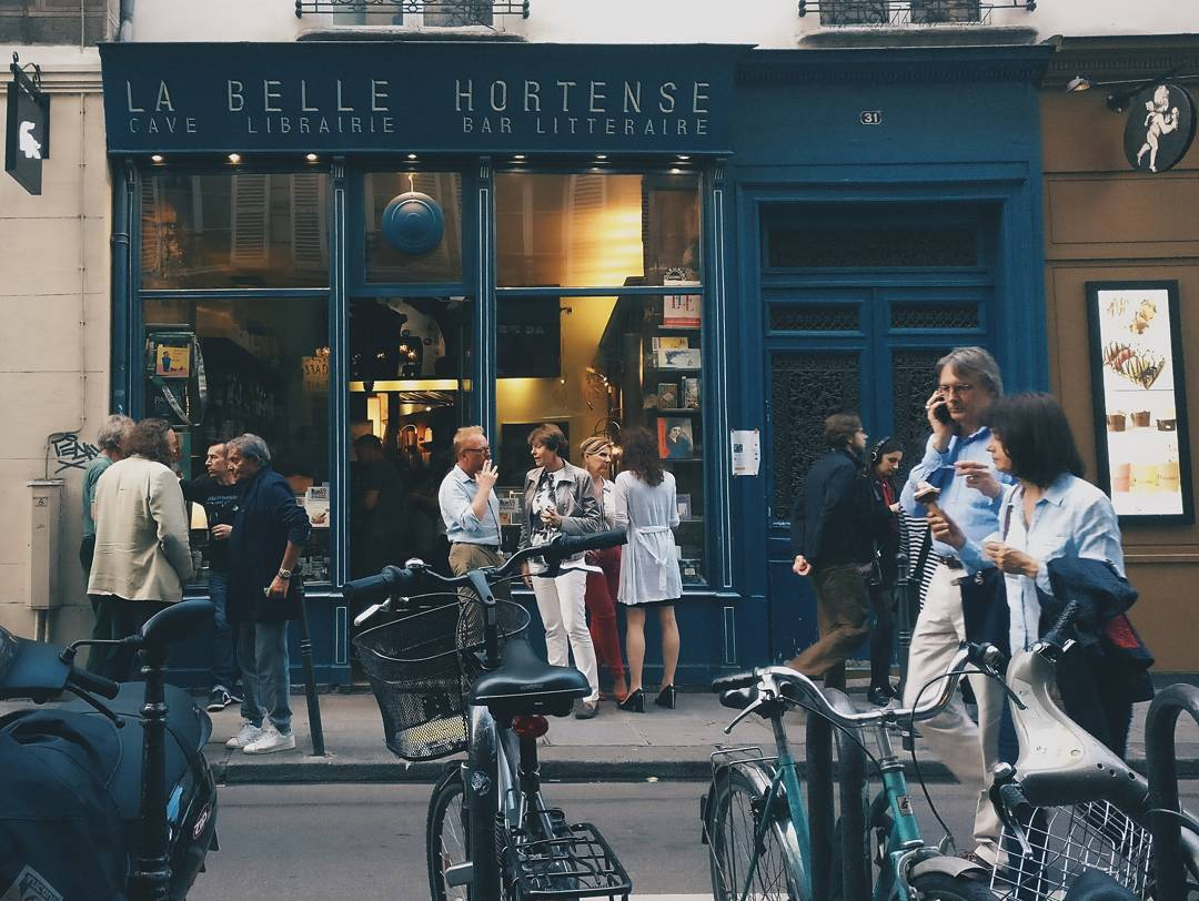 Romantic Things to Do in Paris - Read Books And Sip Wine At La Belle Hortense