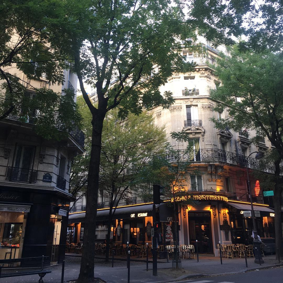 Romantic Things to Do in Paris - Wander Through Montmartre's Streets