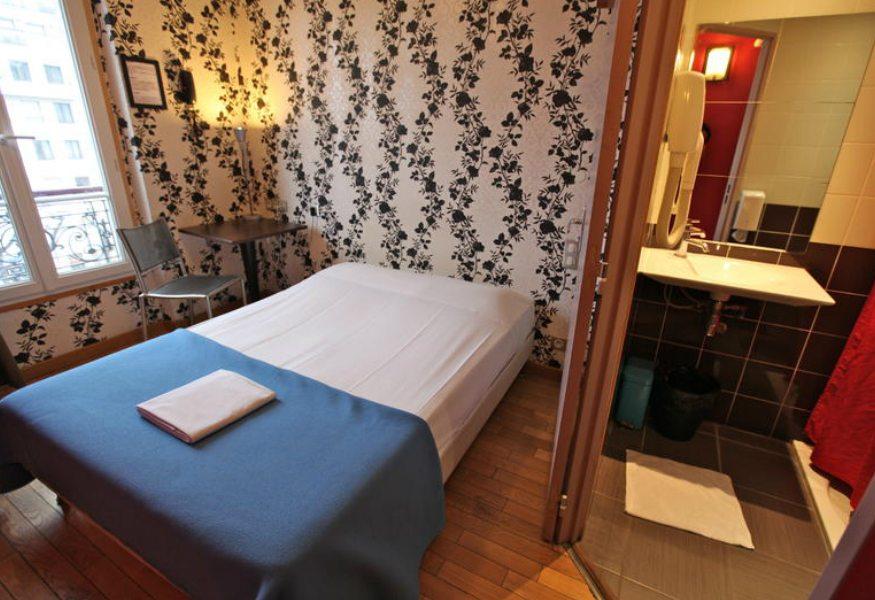 Best hostels in paris - oops design hostel