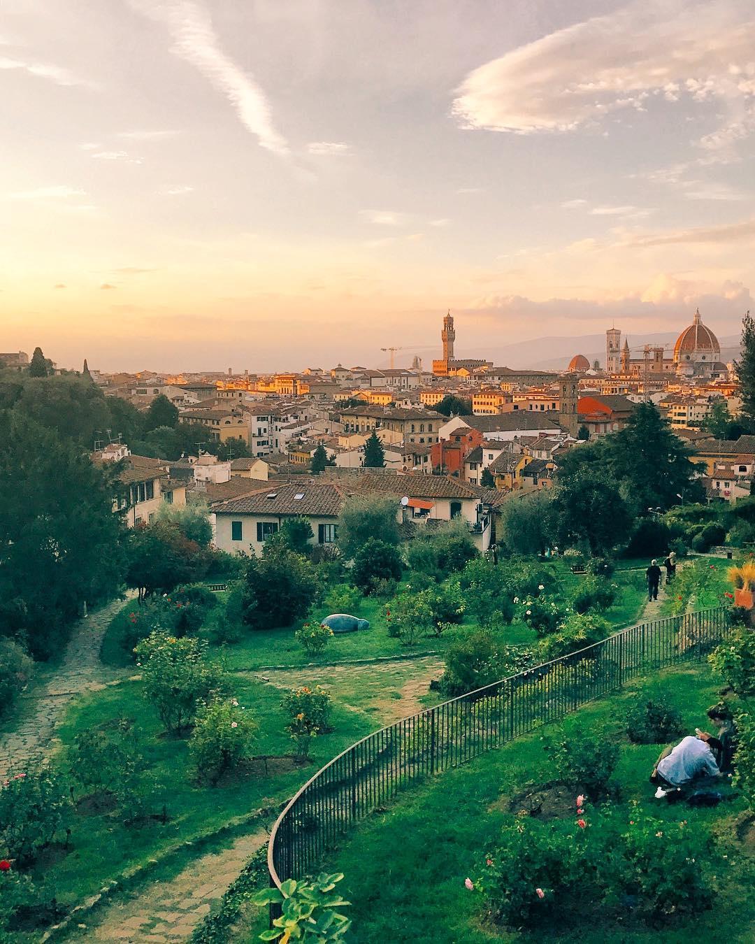 Things to do in Florence @caroline.mejia Giardino delle rose