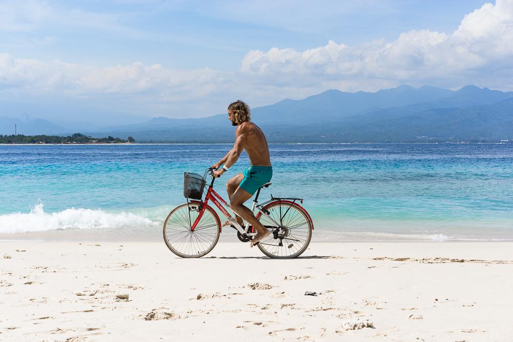 Backpacking Indonesia - Bike