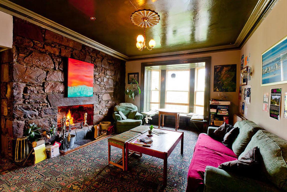 Best Hostels in Scotland- Inverness Student Hostel