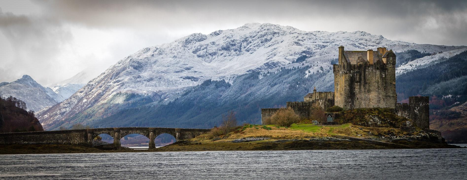 Harry Potter Scotland @sharpixdigital Eilean Donan Castle, Kyle of Lochalsh, United Kingdom