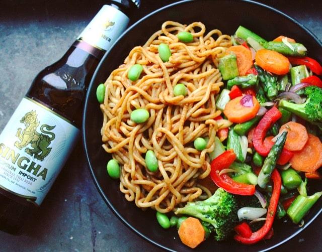 meals to cook in a hostel - veggie stir fry