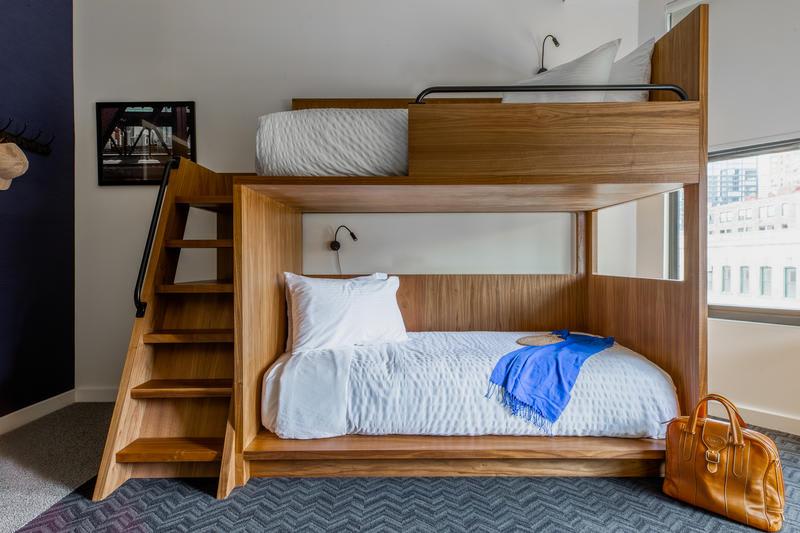 Best Hostels In Chicago - Found Hotel Chicago River North