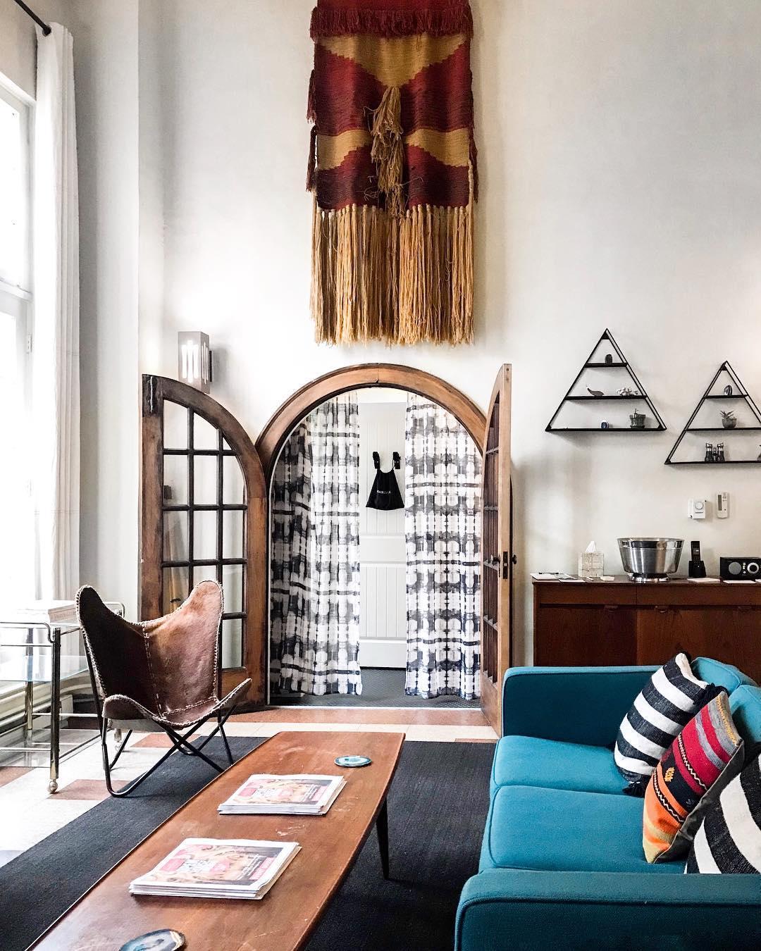 Best Hostels In Chicago - freehand Chicago
