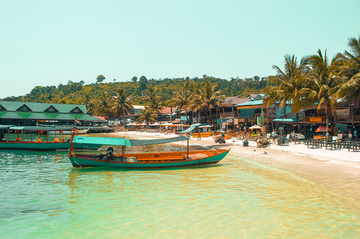 backpacking southeast asia - cambodia - sea and boat