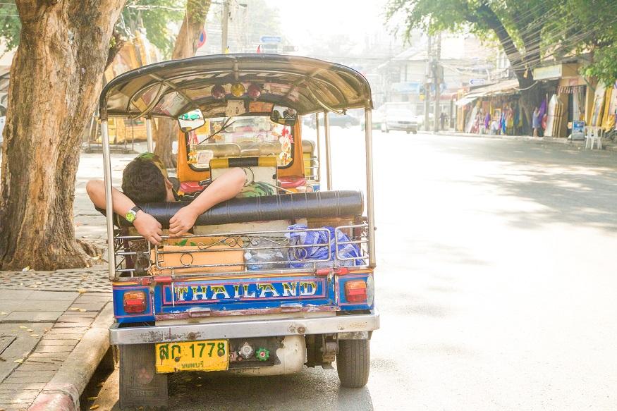 backpacking thailand - tuk tuks
