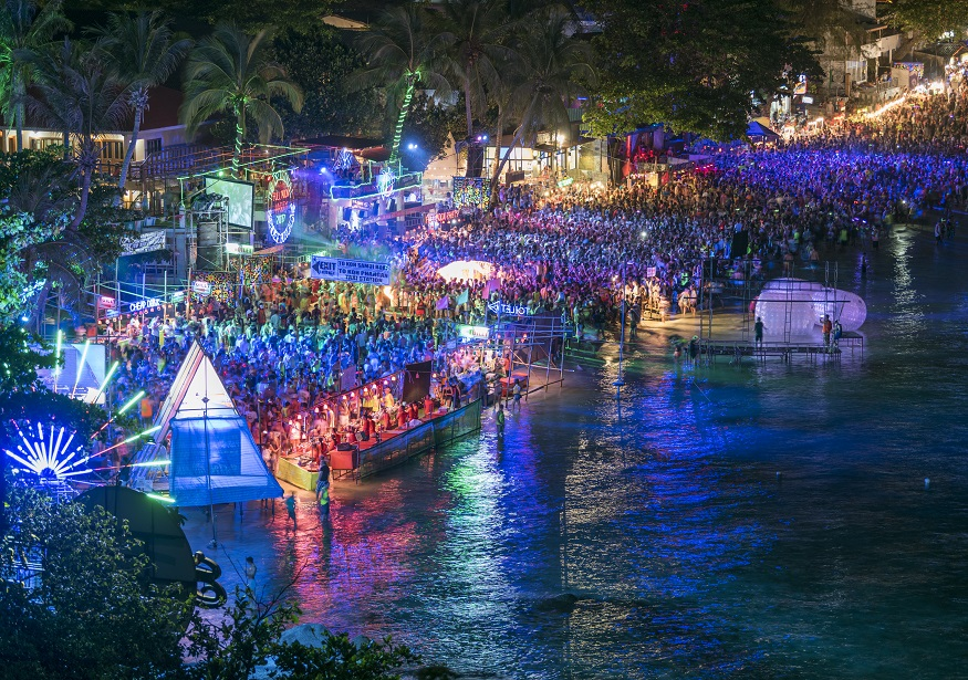 backpacking thailand - full moon party