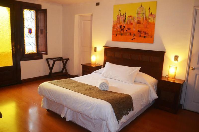 Private room in Chile Hostales - Best hostels in Santiago