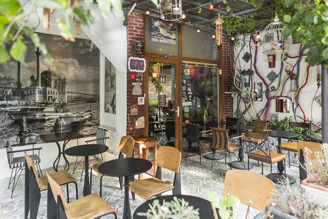 Cheers Hostel's cosy outdoor terrace - Best hostels in Istanbul