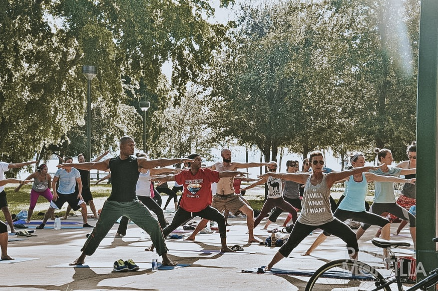 free things to do in Miami - Bayfront Park Yoga