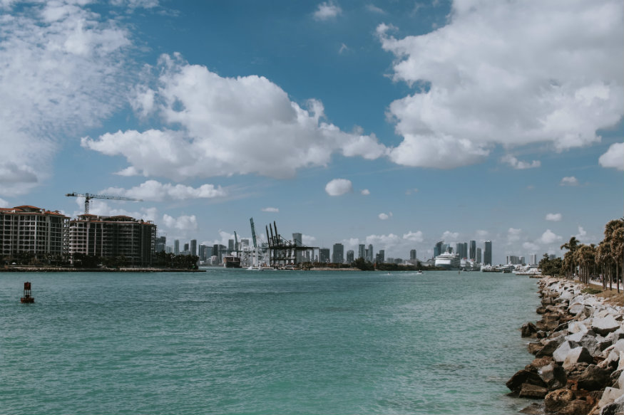 free things to do in Miami - South Pointe Park