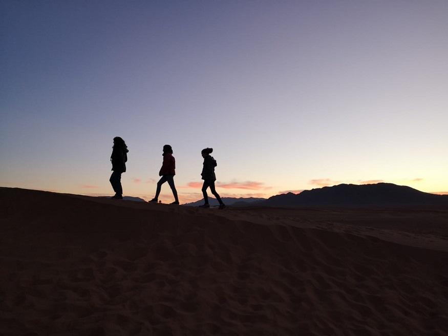 cosa fare a marrakech - amiche nel Sahara
