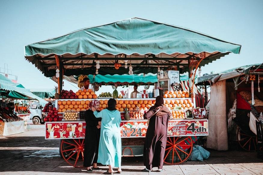 cosa fare a marrakech - bancarella di cibo di strada