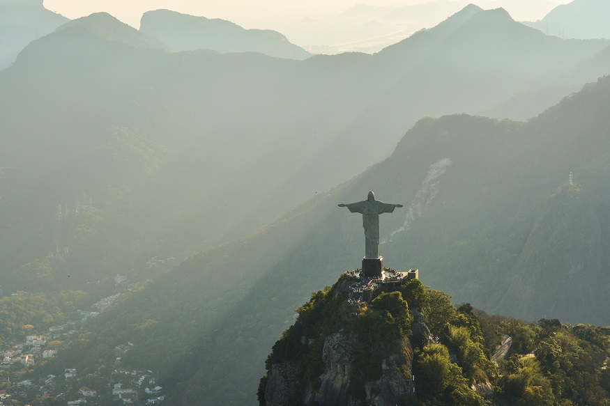 backpacking brazil, statue of christ the redeemer in rio