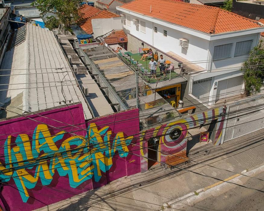 backpacking brazil, outside view of O de Casa Hostel