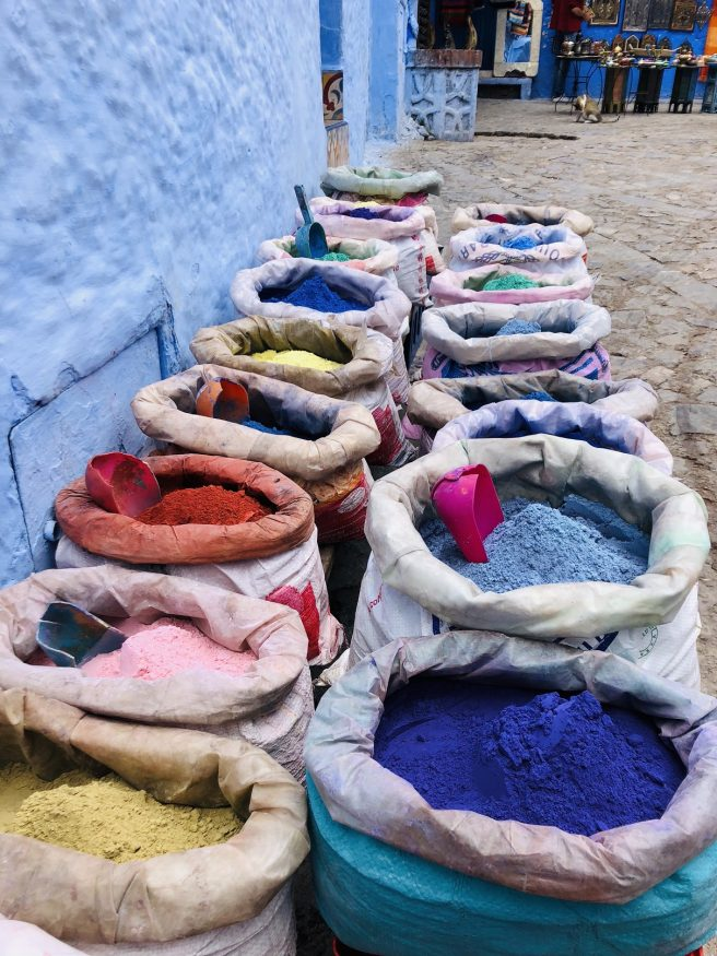 Sehenswürdigkeiten in Marokko - Chefchaouens bunte Gewürze