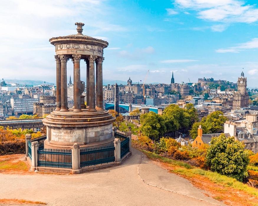 scotland road trip, view of the Edinburgh from calton hill