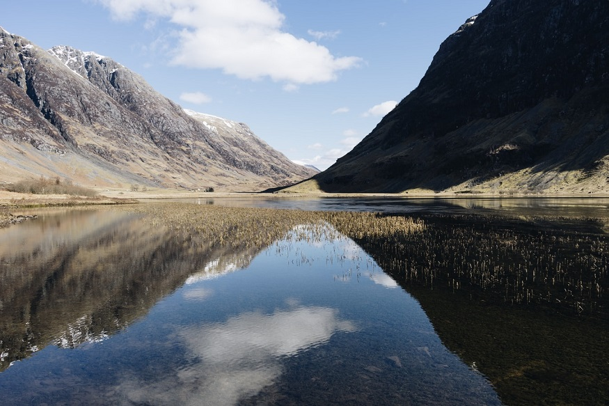 scotland road trip, lake at glen coe