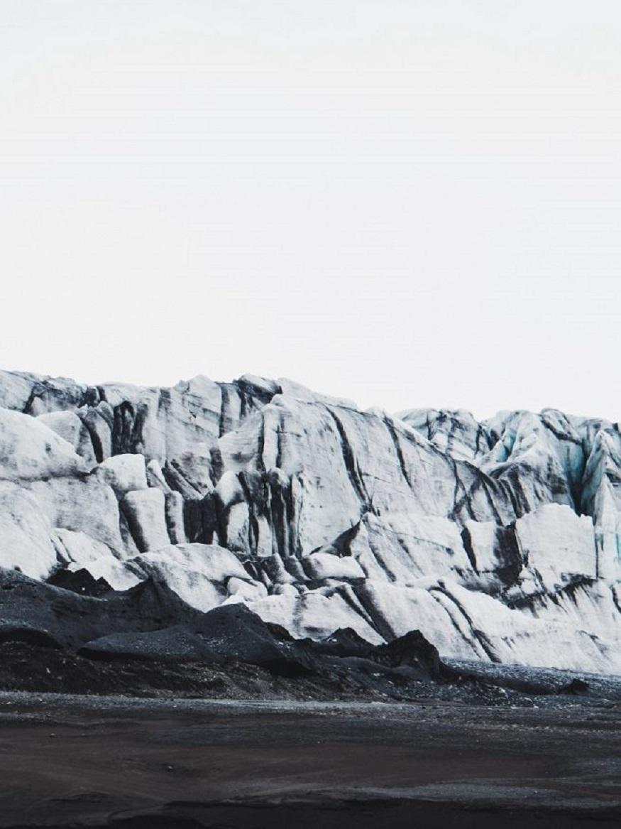 best national parks in europe,mountains in vatnajökull national park, iceland