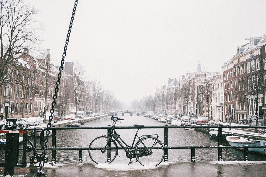 Weihnachten alleine - Amsterdam im Schnee
