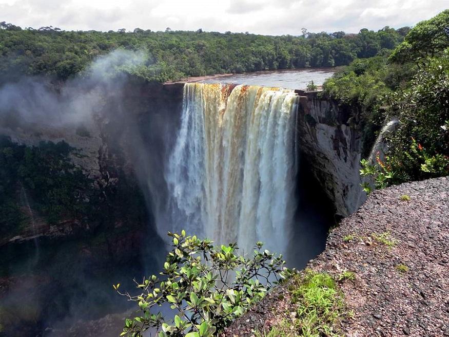 things to do in South America - Kaietur Falls, Guyana