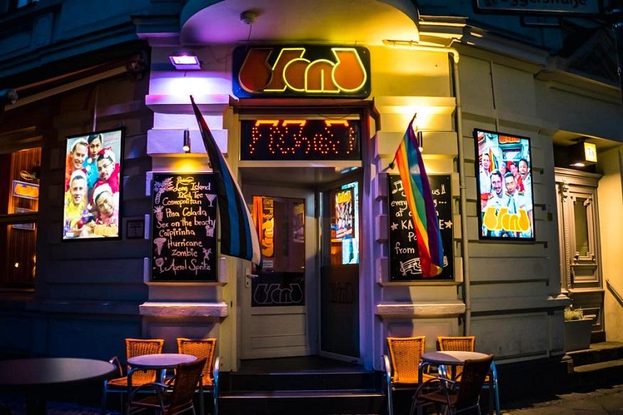 Berlin LGBT nightlife - blond