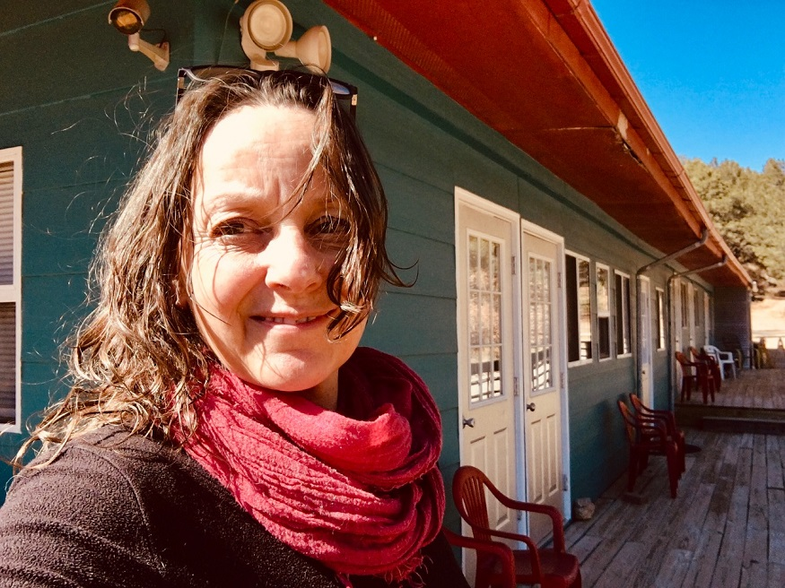 female hostel owners, Stephanie Duenker – owner of Cloudcroft Mountain Park Hostel – New Mexico, USA